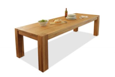 hrastova-masivna-jedilna-miza