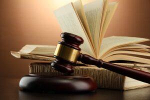 zaprisežen sodni tolmač